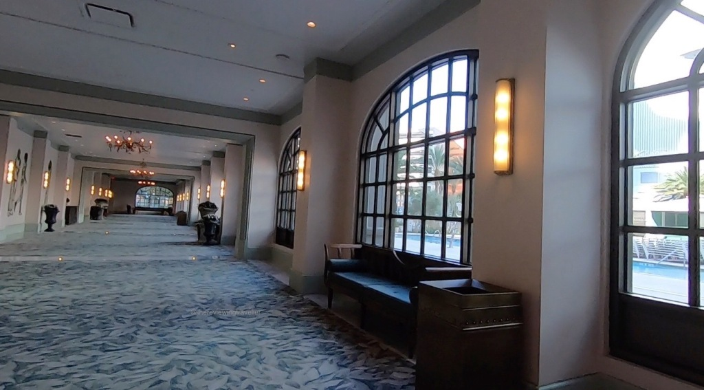 Park MGM walkway